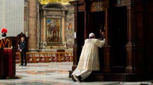 FranciscoConfesion2014_LOsservatoreRomano_110315